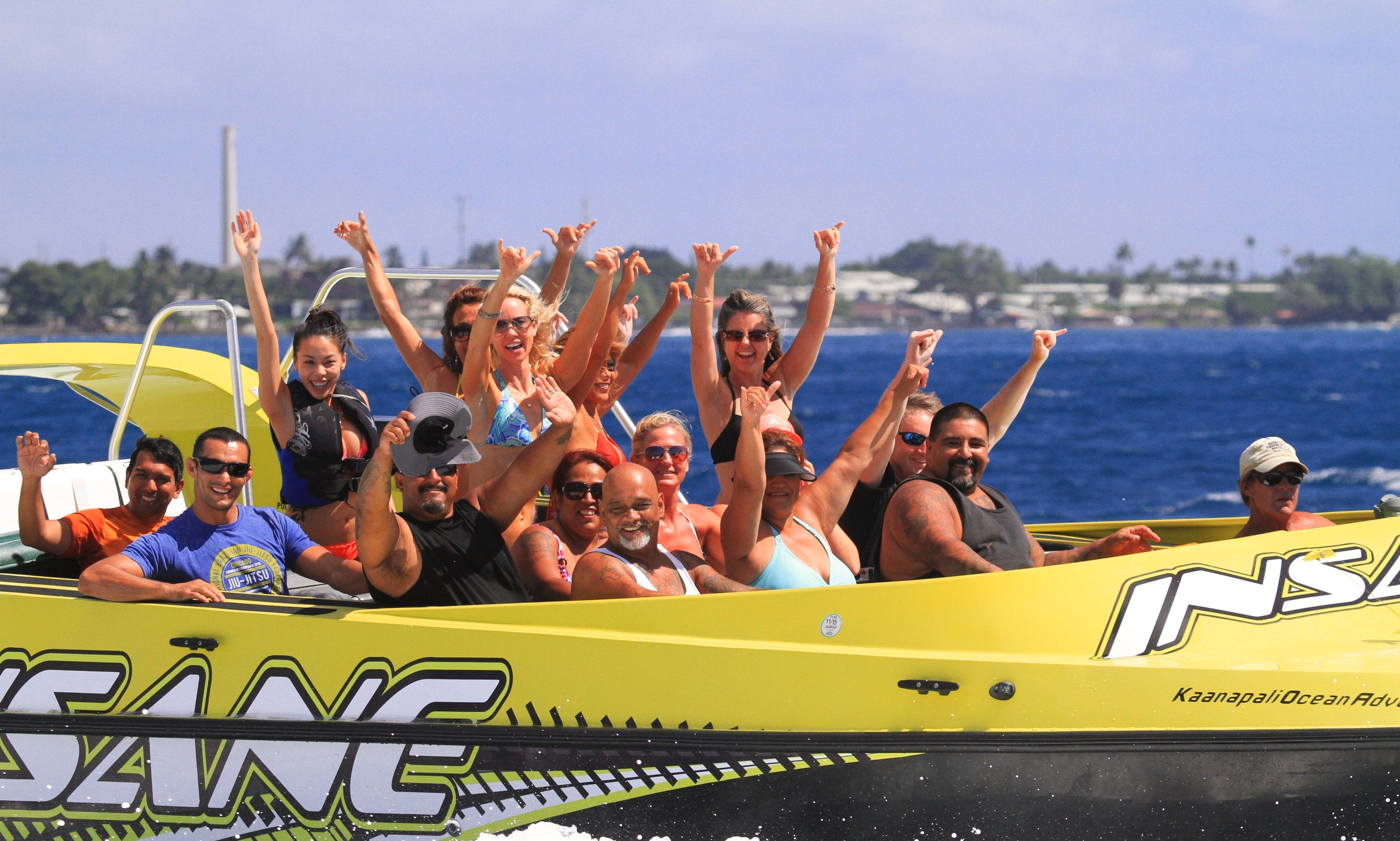"""InSane"" Jet Boat 1 Hour Tours From Kaanapali Beach"