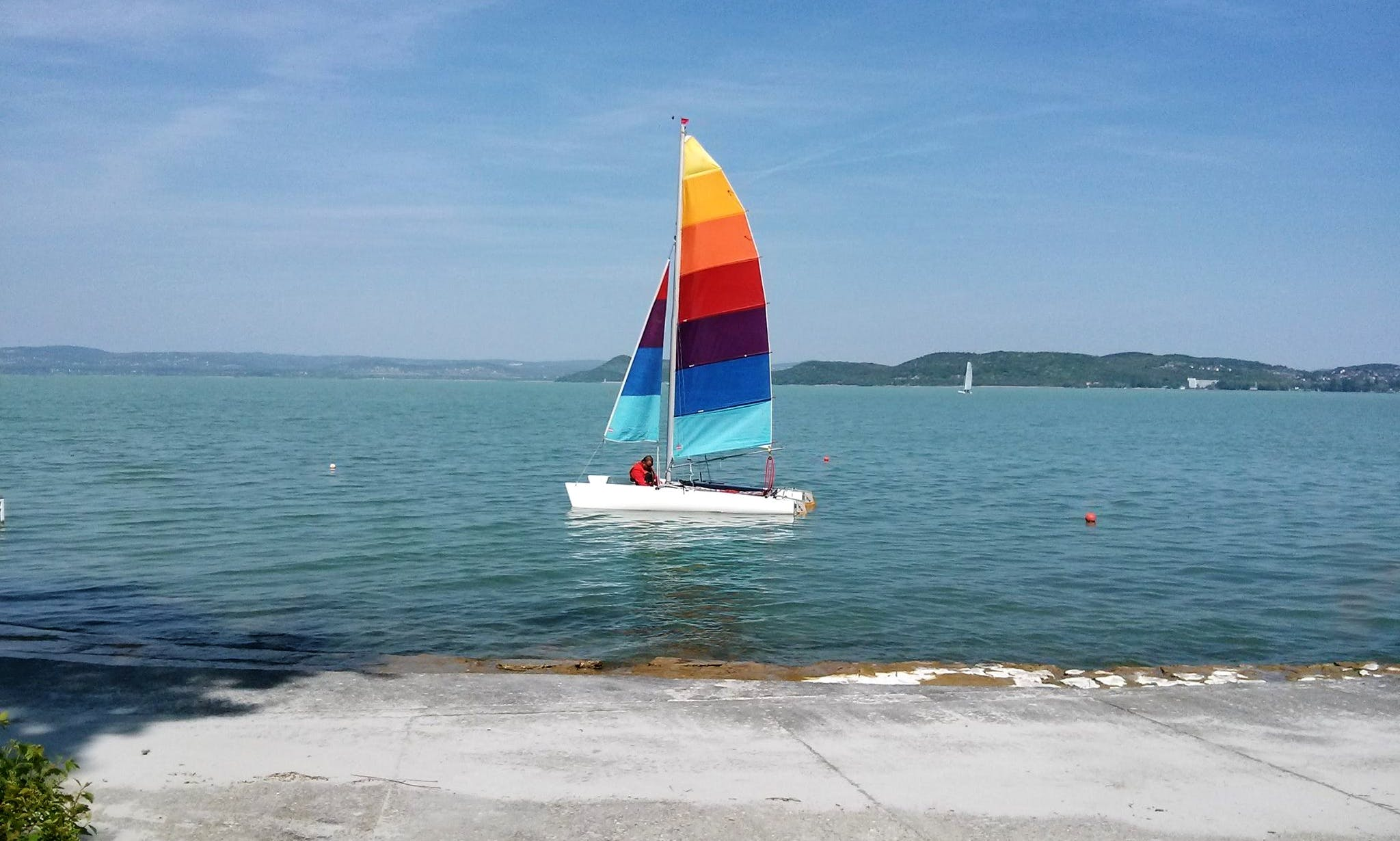Rent 18' Cirrus Beach Catamaran in Balatonföldvár, Hungary