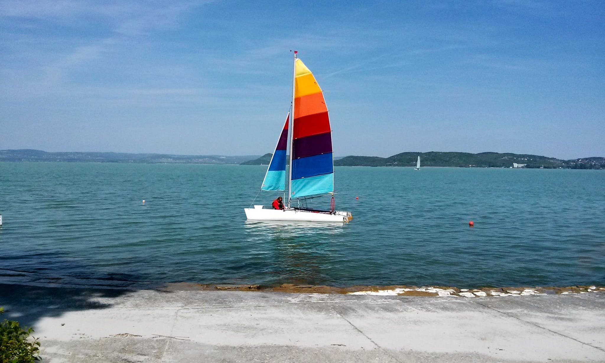 Rent 18' Cirrus Beach Catamaran in Balatonföldvár, Hungary