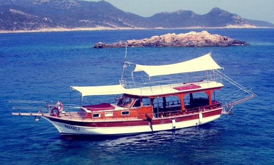 See The Beautiful Turkish Coastline By Boat From Antalya