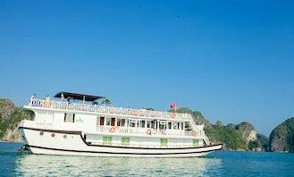 Amazing Cruise in Thành phố Hạ Long, Vietnam on 123' Lemon Passenger Boat