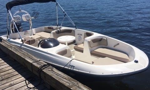 Rent the 19' Bayliner Element XL Bowrider in Seattle, Washington Fits 9 people