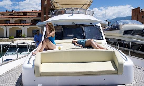 Charter 55' Navetta Darlin Motor Yacht In Tirana, Albania