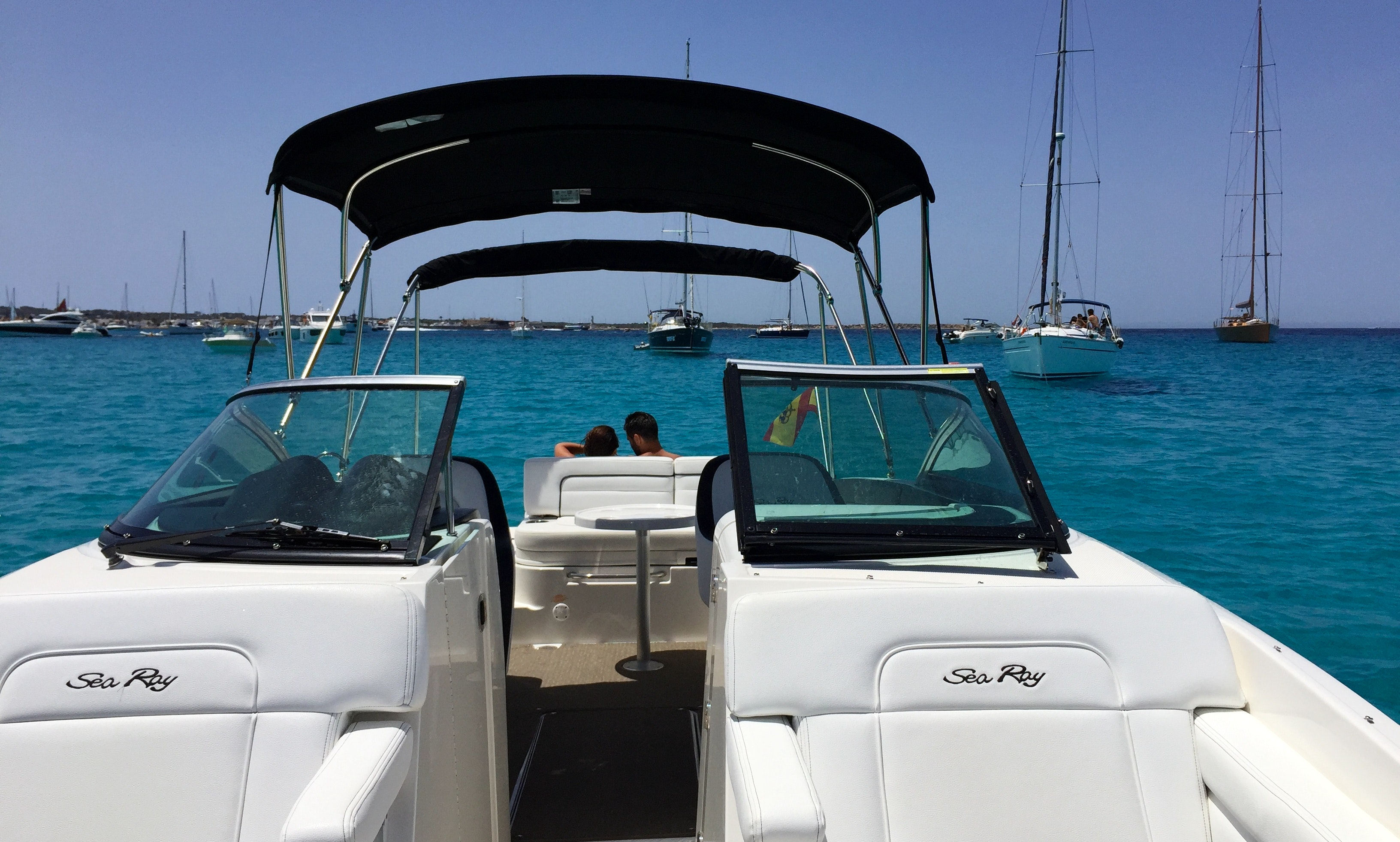 SeaRay 280 Sundeck Charter Ibiza, Spain | GetMyBoat