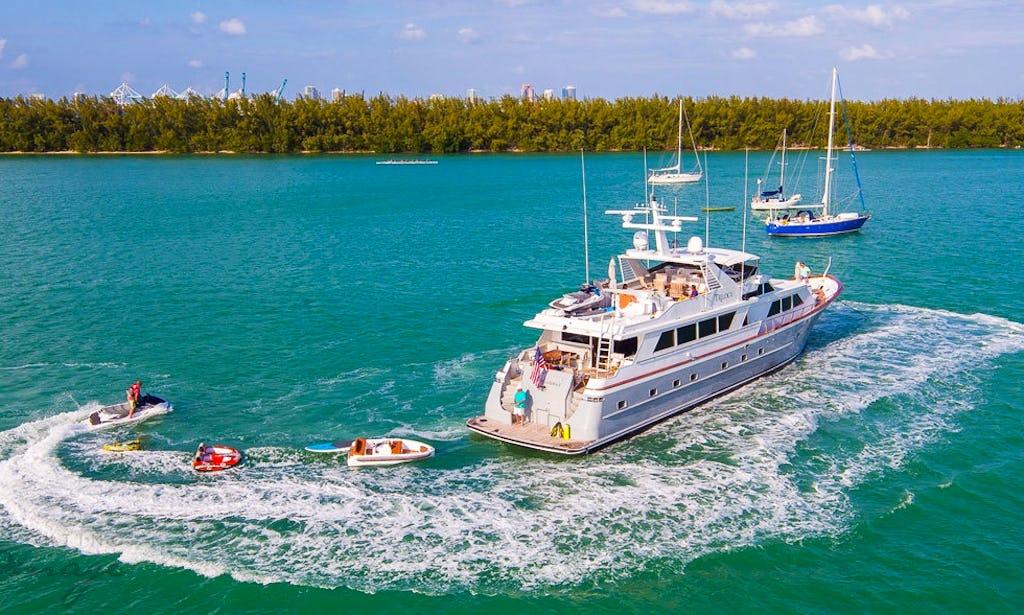 Luxury Yacht Charters 103 Broward Miami Florida Keys Bahamas