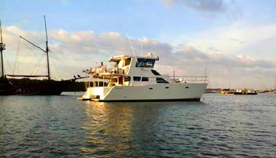 Charter 43' Sakura Ccl Lll Cruising Catamaran In Kuta Selatan, Indonesia