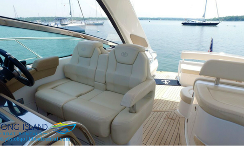 46 39 Cobalt Motor Yacht Charter In Port Washington Getmyboat