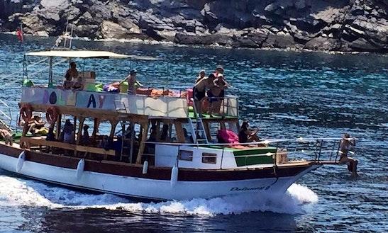 Charter A Motor Yacht In Aydın, Turkey