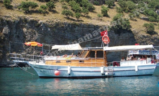 Charter 39' Motor Yacht In Muğla, Turkey