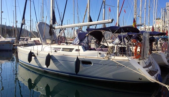 Charter 42' Sun Odyssey Cruising Monohull In Mugla, Turkey