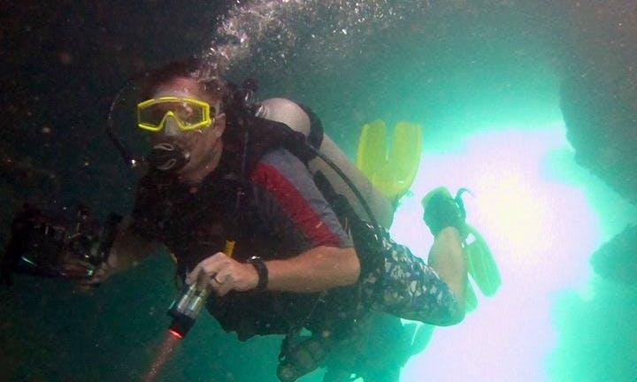 Discover Scuba Diving in Bastimento, Panama