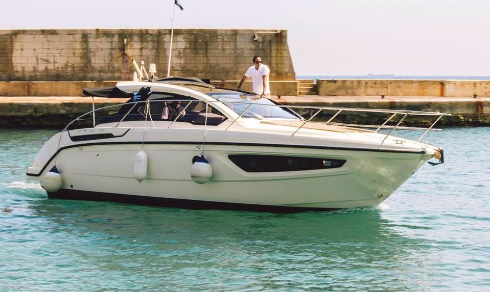 Charter Stella Motor Yacht in Is-Swieqi, Malta