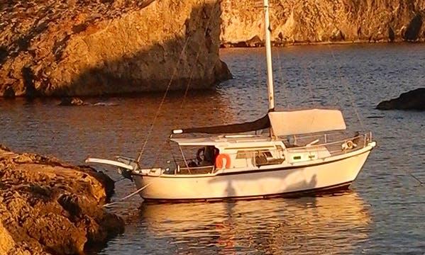Charter a Cruising Monohull in Għajnsielem, Malta