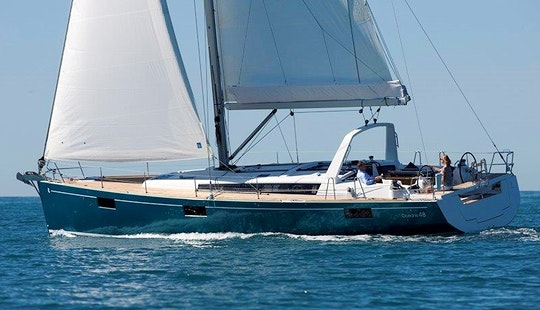 Charter Beneteau Oceanis 48 Cruising Monohull In Il-mellieħa, Malta