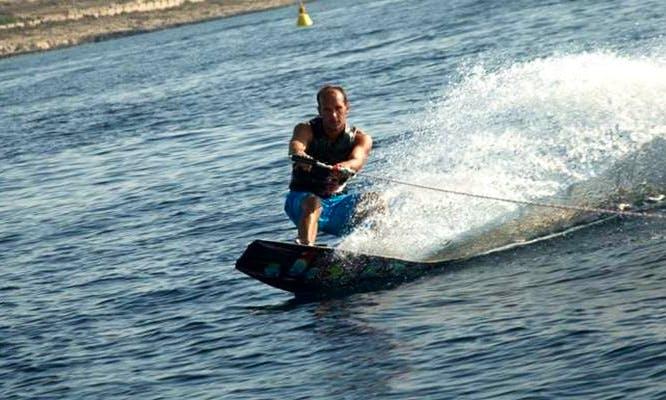 Wakeboarding For Beginners and Advanced in San Ġiljan, Malta