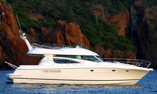 Motor Yacht Rental In Gibraltar