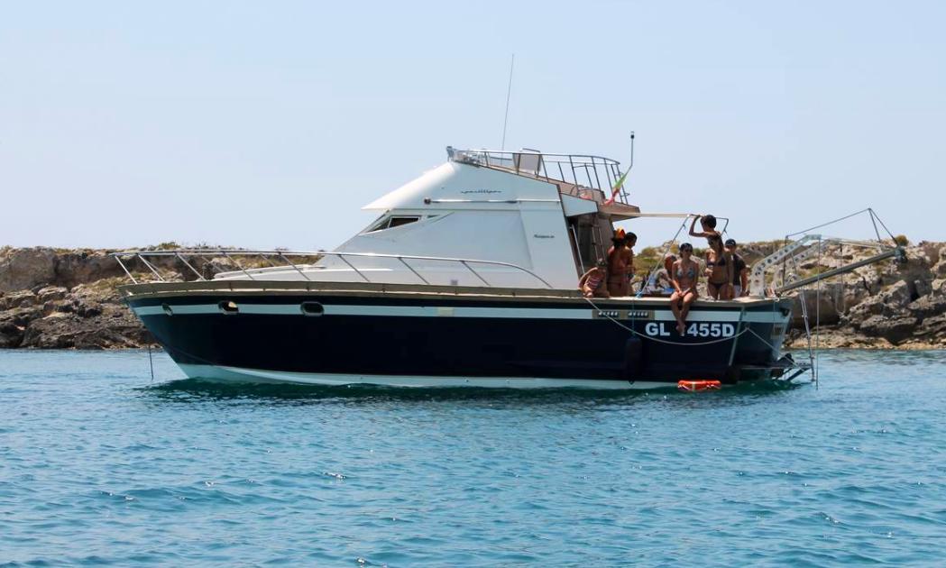Charter 39 Posillipo Antigua Cuddy Cabin Boat In