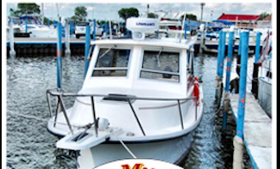 South Lyon Fishing Charter On 31' Cherokee Chief Sportfishing Boat