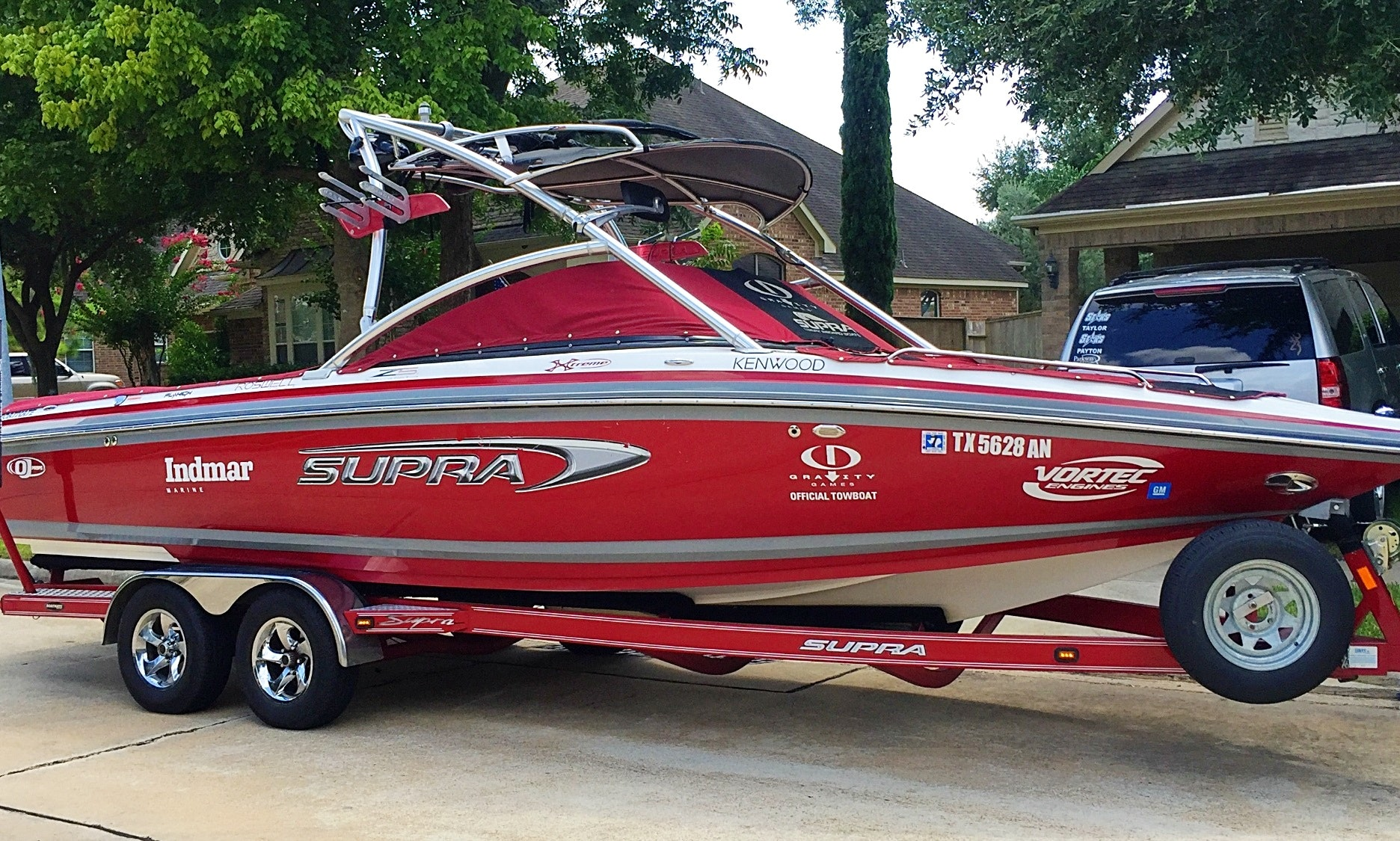 Gorgeous 24ft Supra Bowrider Boat Rental In Conroe Texas