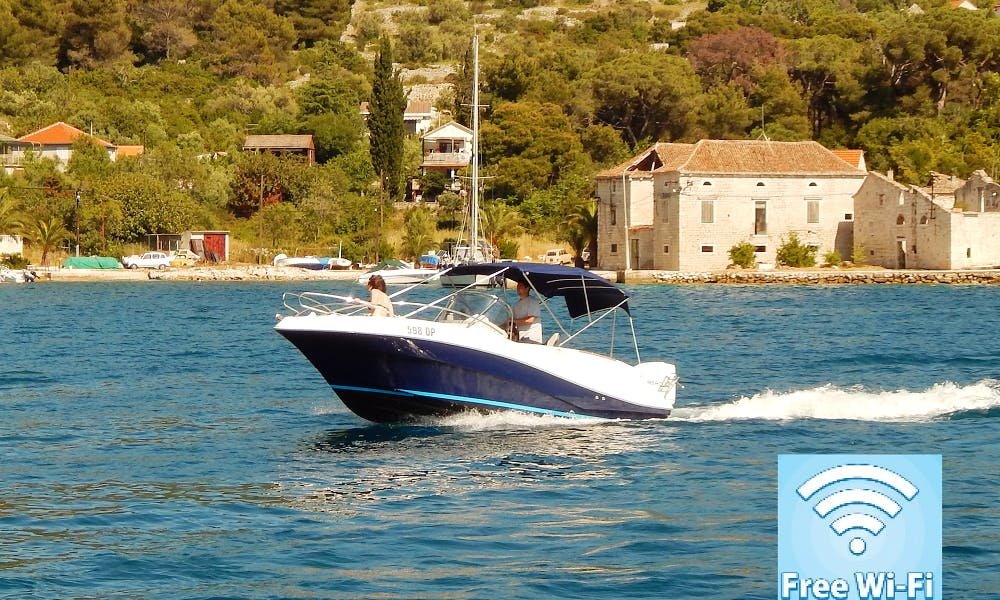 20' Center Console Rental in Trogir, Croatia available with or without skipper