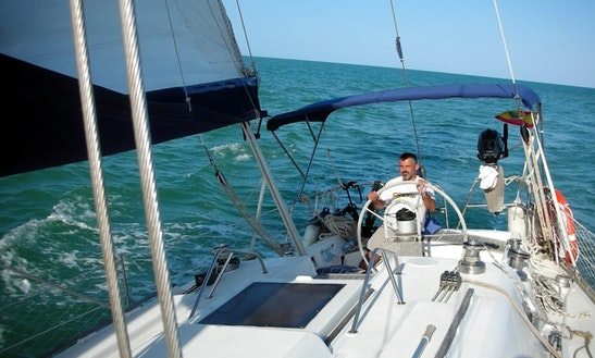 39' Cruising Monohull Charter In Andalucía, Spain