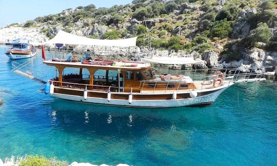 Charter Karizma 21 Motor Yacht In Antalya, Turkey