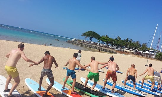 Surf Lessons In Kailua, Hawaii