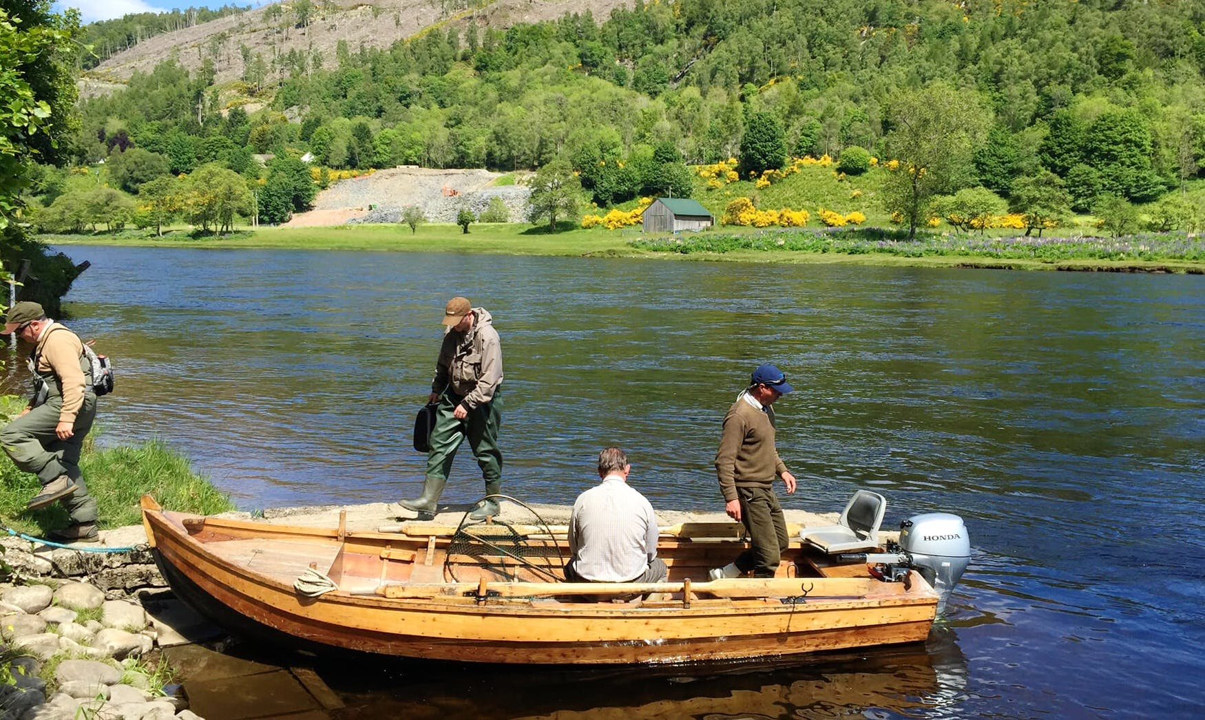 Guided Fishing Trip on River Tay in Abernethy, Scotland