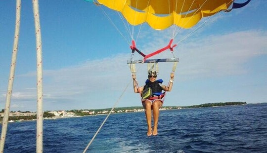Enjoy Parasailing In Petrčane, Croatia For 1 Pax
