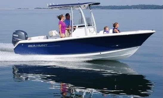 Enjoy The 21ft Seahunt Ultra Center Console Rental In Stuart