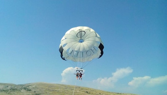 Enjoy Double Parasailing In Baška, Croatia
