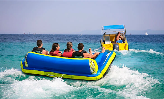Enjoy Sofa Rides In Abu Dhabi, United Arab Emirates