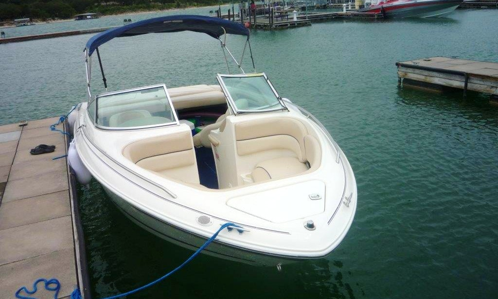 Frank's Boats on Lake Travis - 21 ft Sea Ray with toys and awesome