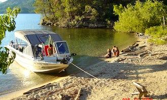21' Ski / Fish Aluminum Jet Boat North River Commander in Redding, California