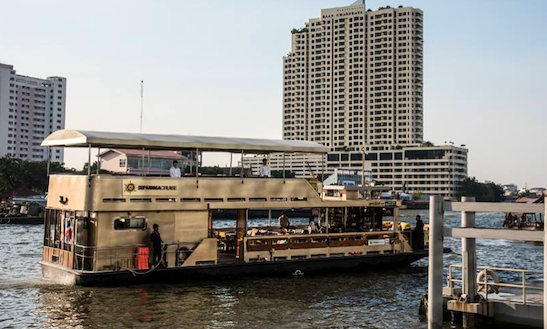 Enjoy Private Cruise In Bangkok, Thailand