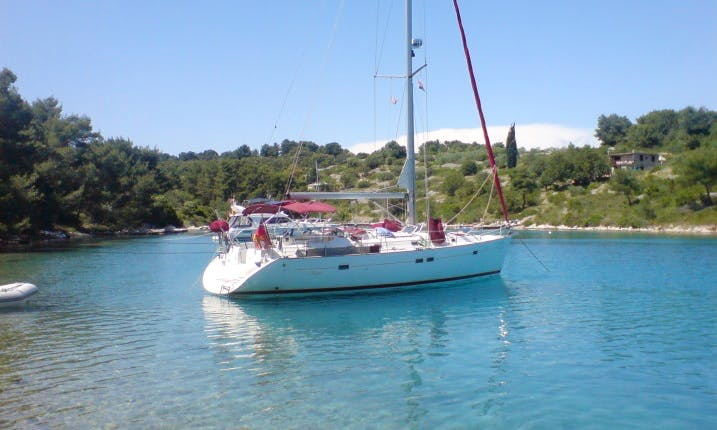SAILING CHARTER GUADELOUPE ARCHIPELAGO FROM ISLAND OF MARIE GALANTE