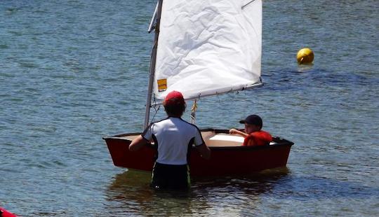 Rent Optimiste Sailing Dinghy In Porto-vecchio, Corse