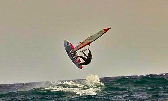 Enjoy Windsurfing In Porto-vecchio, Corse