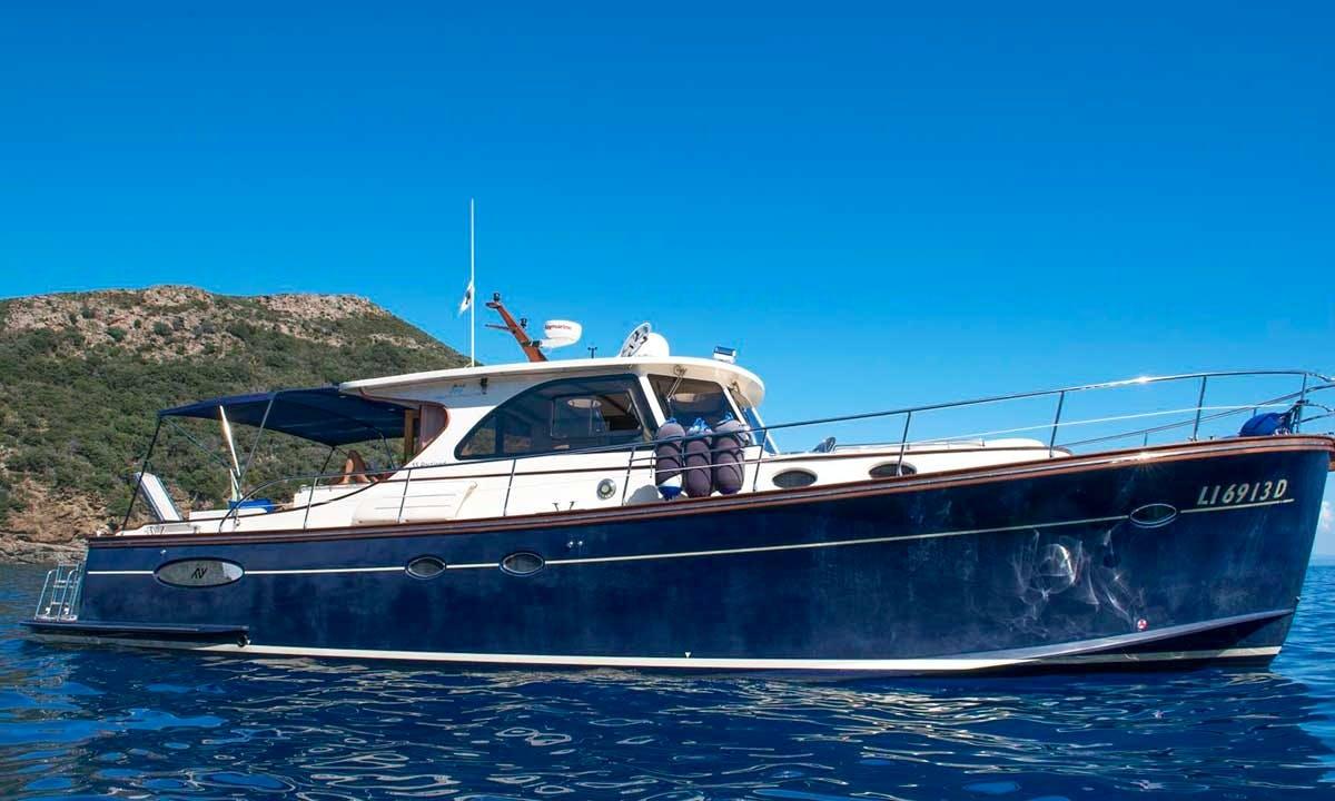Charter 55' Portland Abati Power Mega Yacht in Toscana, Italy