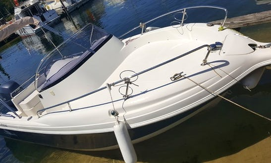 Rent Pacific 650 Bowrider In Biscarrosse, France