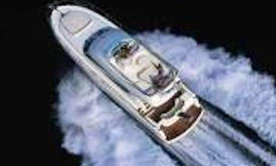 Enjoy A Luxury Boat Tour In Saint Petersburg, Russia