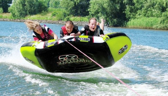 Super Exciting Bumper Rides For 3 Person In Salles-curan, France