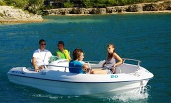 Rent Cap 4700 Electric Boat In Malbuisson, France