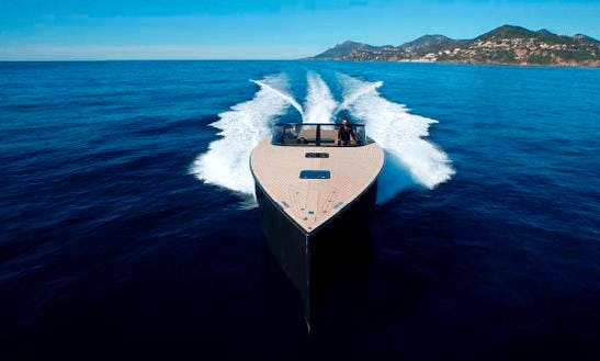 Charter 40' Van Dutch Motor Yacht In Saint-jean-cap-ferrat, France