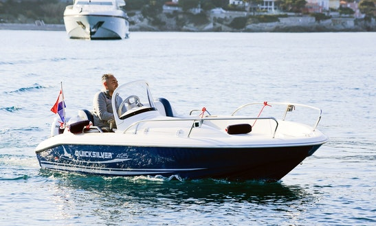 Rent 14' Quicksilver Bowrider In Saint-jean-cap-ferrat, France