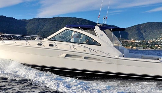Charter 52' Riviera Express 48 Motor Yacht In Cavalaire-sur-mer, France