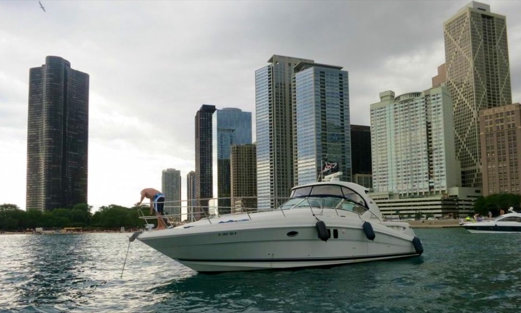 41 39 immaculate sport yacht rental in chicago getmyboat for Renters insurance chicago reviews
