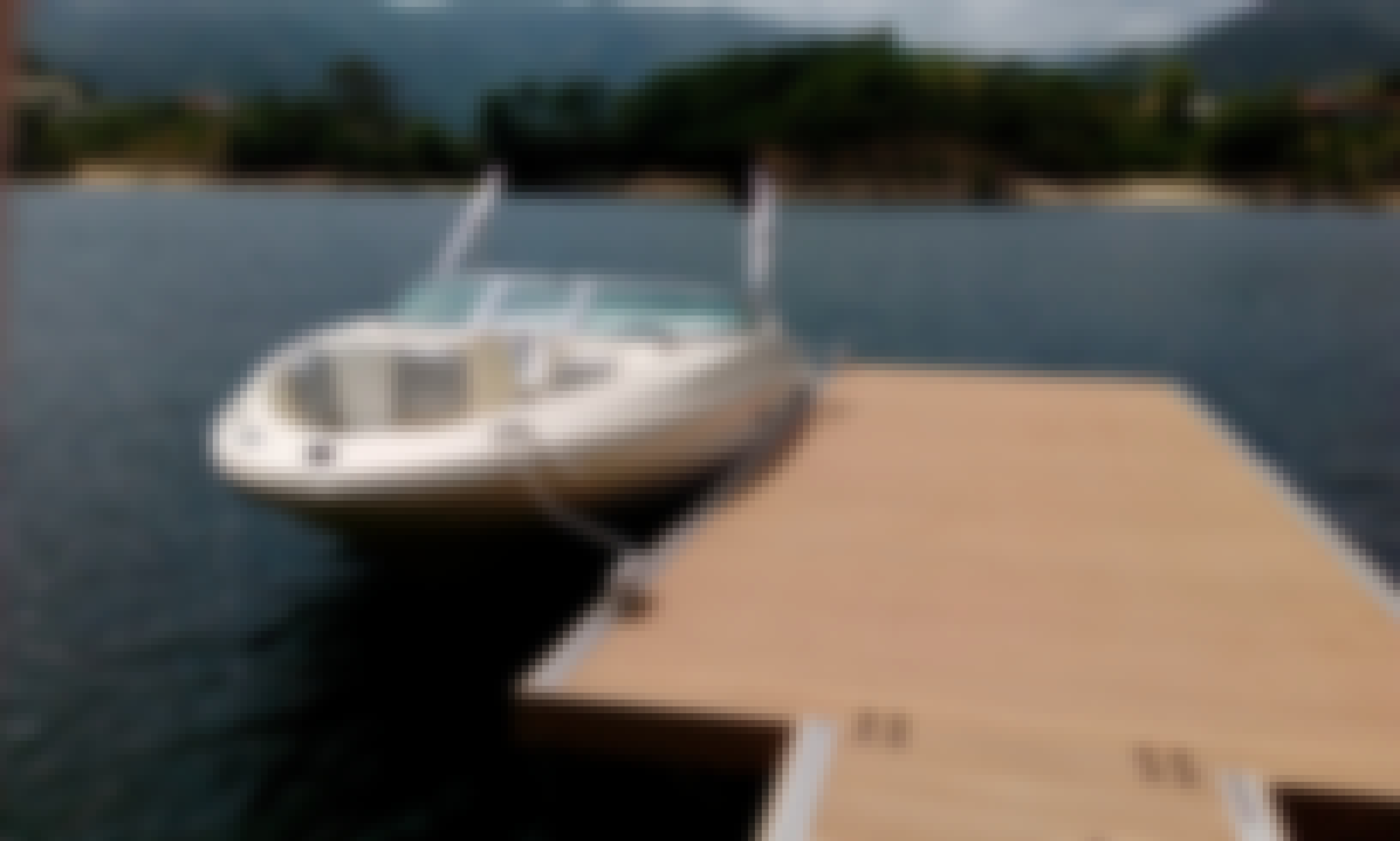SeaRay 185 Sport for rent in Rio Caldo