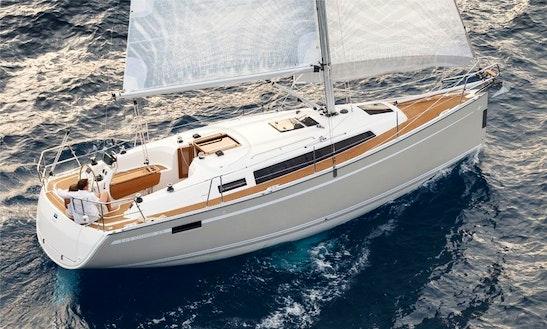 Charter 33' Bavaria Cruiser Cruising Monohull In Lemmer, Netherlands