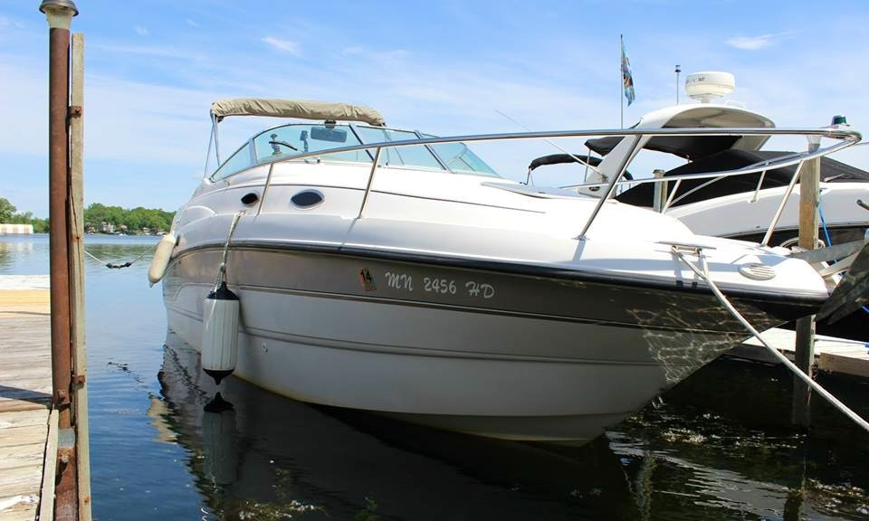 Awesome 2439 Luxury Chaparral Cruiser Rental On Lake Minnetonka
